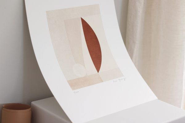 Moderný umelecký grafický plagát tlačený v HD rozlíšení na vysokokvalitnom umeleckom papieri.